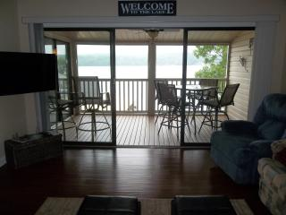 Beautiful Newly Remodeled Condo!  WIFI, Gas Grill - Lake Ozark vacation rentals