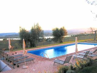 Podere Fontegallo - L' Olivo (2+2) - Gioiella vacation rentals