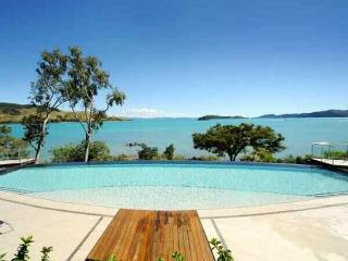Stunning Views - Luxury Edge Villa - Hamilton Island vacation rentals