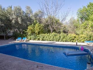 2 bedroom Villa with Internet Access in Miliou - Miliou vacation rentals