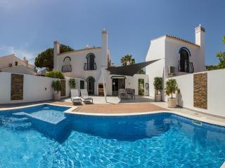 Dunas Douradas Villa: heated pool with kids section, walk to beach, nature views - Vale do Lobo vacation rentals