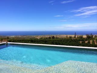 2 Bedrooms, Pool, and Panoramic Views. - Kailua-Kona vacation rentals