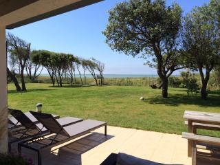 maison vue directe mer, terrain 1800 m2 plein sud - Ars-en-Re vacation rentals