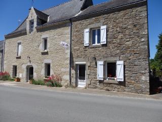Gîte des Ducs dans le bourg du Gorvello, Morbihan - Sulniac vacation rentals