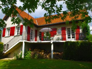 Wonderful House with Internet Access and Satellite Or Cable TV - Hesdin vacation rentals
