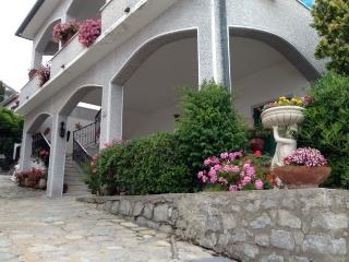 Nice 1 bedroom Townhouse in Pomonte - Pomonte vacation rentals