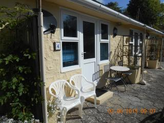 1 bedroom Chalet with Parking Space in Niton - Niton vacation rentals