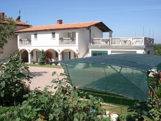 1 bedroom Apartment with Internet Access in Medulin - Medulin vacation rentals