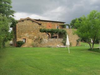 agriturismo campovecchio - Appartamento Cipresso - Castelnuovo Berardenga vacation rentals