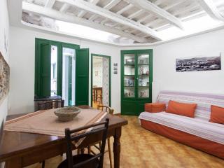 Cozy Condo with Internet Access and Television - Cardedeu vacation rentals