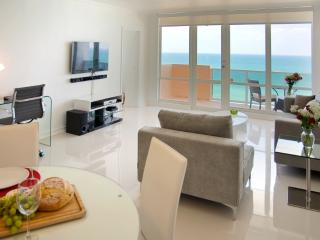 Ocean Front Village #12 - 2Bed / 2Bath - North Miami Beach vacation rentals