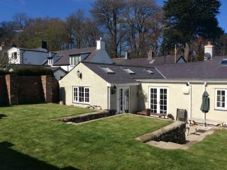 Pippin Cottage, Beaumaris, Isle of Anglesey - Beaumaris vacation rentals