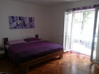 Cosy Oldtown apt - Zadar vacation rentals