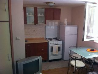 Lovely Condo with Internet Access and Dishwasher - Split vacation rentals