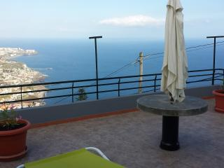 Nice 3 bedroom House in Camara De Lobos - Camara De Lobos vacation rentals