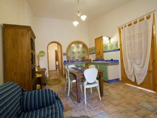 """Villetta Cleopatra vicino Scopello"" - Scopello vacation rentals"