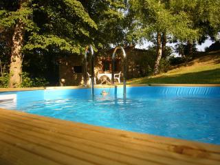 Comfortable Serralongue vacation Gite with Internet Access - Serralongue vacation rentals