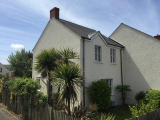 3 bedroom House with Satellite Or Cable TV in Broad Haven - Broad Haven vacation rentals