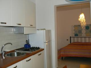 laurora affitta mini appartamenti - Trapani vacation rentals