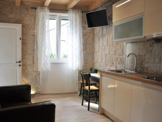 Studio apartment in an old Villa - Split vacation rentals