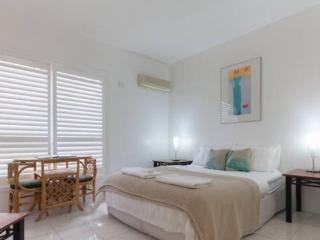 Malcolm 110 - Perth vacation rentals