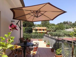 Nice Townhouse with Television and Balcony - Terme Vigliatore vacation rentals
