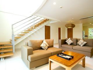 Seaside Penthouse 3BR/4Suites, Nr 66 Beach-Legian - Kediri vacation rentals