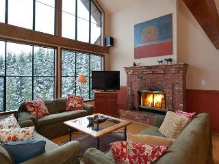 Northern Lights 16 | 4 Bedroom Townhome, Renovated Kitchen and Bathrooms - Whistler vacation rentals