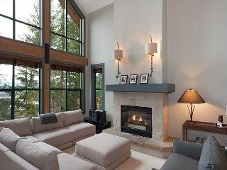 Northern Lights #45 | 3 Bed + Den Townhome, Mountain Views, Private Hot Tub - Whistler vacation rentals