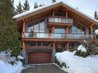 Peak View Chalet | Luxury 4 Bedroom, Fireplace, Scenic Views, Private Hot Tub - Whistler vacation rentals