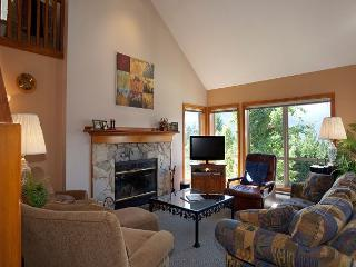 Painted Cliff #13 | 3 Bedroom Cozy Ski-in/Ski-out Townhome, Shared Hot Tub - Whistler vacation rentals