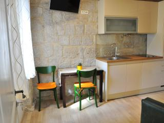Lovely Studio in an old Villa - Split vacation rentals
