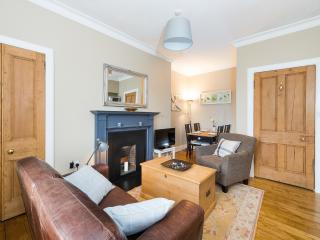Stylish Southside Two Bedroom Apartment - Edinburgh vacation rentals