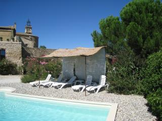 Nice 4 bedroom Uzes Gite with Internet Access - Uzes vacation rentals