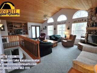 Foosball, WIFI, Sleeps 9, 1m> Beach, 25m> Yosemite - Groveland vacation rentals
