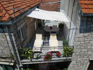 Perfect 3 bedroom House in Stari Grad - Stari Grad vacation rentals