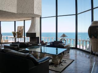 Perfect Villa with Deck and Tennis Court - Ensenada vacation rentals