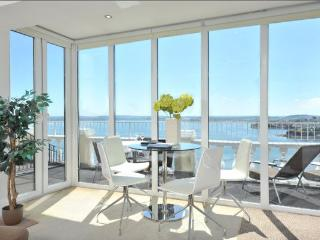 Apartment 10 Astor House Warren Road Torquay TQ2 5TR - Torquay vacation rentals