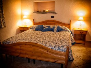Sunny 1 bedroom Bed and Breakfast in Challand Saint Anselme - Challand Saint Anselme vacation rentals
