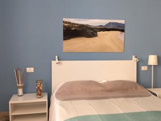"Camera Matrimoniale ""Mare"" - Trapani vacation rentals"