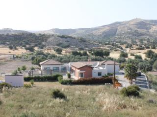 Charming Bungalow with A/C and Satellite Or Cable TV - Skarinou vacation rentals