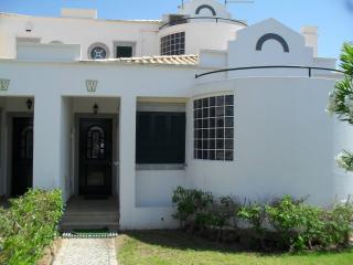 Moradia T3 junto à Ria Formosa - Cabanas de Tavira - Tavira vacation rentals