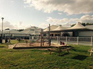 8 person, 3 bedroom luxury caravan at Thorpe park - Cleethorpes vacation rentals