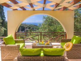 Beautiful 2 bedroom Magazia Villa with Internet Access - Magazia vacation rentals