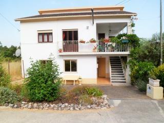 Portugalmanderlay - Lousa vacation rentals