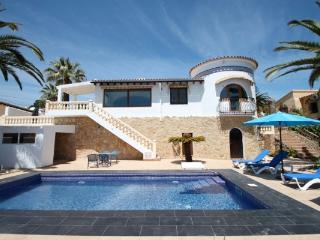 Golondrina - panoramic hillside holiday house in Moraira - Moraira vacation rentals