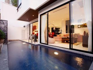 2 bedroom Villa with Internet Access in Nai Harn - Nai Harn vacation rentals