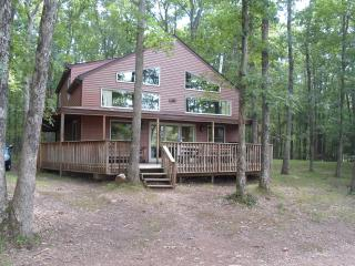 Lakefront Home in Poconos - 3 bathrooms / 5 beds - White Haven vacation rentals