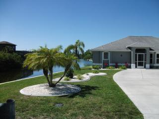 Spectacular Sw Cape Coral South Facing Pool Home - Cape Coral vacation rentals