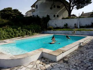 Caparica Surf house - Charneca da Caparica vacation rentals